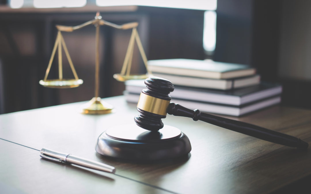 The Pros and Cons of a Hybrid Law School Program